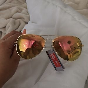 Rose gold ray-ban glasses